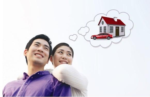 Vợ chồng trẻ mua nhà