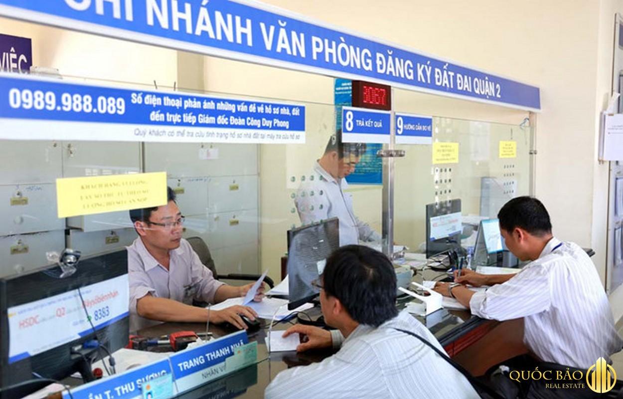 Ảnh làm việc thực tế tại văn phòng đăng ký đất đai Hà Nội